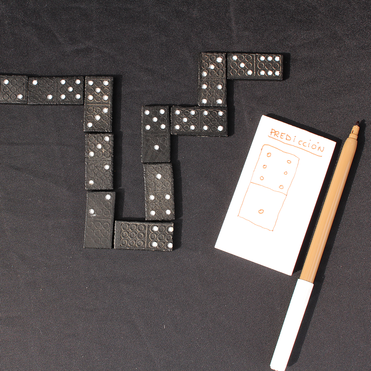 R002-prediccion-domino-3